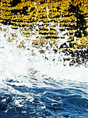 splash (duboramic) Tags: blue sun reflection sol window water lines rock azul island boat barco crash aegean wave erosion greece grecia isla lineas thassos thasos mple