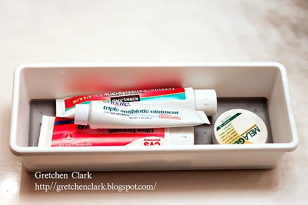 organization medicine cabinet_0006