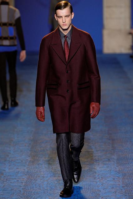 James Smith3266_FW11_Milan_Versace(VOGUEcom)