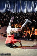 Pour Habit @ Groezrock 2010 (Hara Amors) Tags: show music green festival rock dreadlocks photo concert nikon punk foto gente belgium habit photos head live stage main concierto crowd group livemusic band down fotos musica singer 1750 grupo chuck musik handstands dreads tamron pour belgica vocals f28 upside hara 2010 mainstage cantante directo publico facedown d300 musika gestel chuckgreen meerhout groezrock livephotography livemusicphotography groez tamron1750 tamronspaf1750mmf28xrdiiildasphericalif bocabajo amoros nikond300 pourhabit haraamors haraamoros tamronspaf175028xrdiii groezrock2010 lastfm:event=1036084