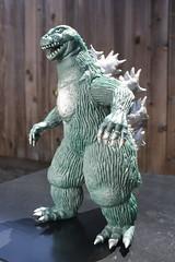 Godzilla '62 (Bandai 1983) (Donald Deveau) Tags: godzilla toho vinyl kaiju japanesetoy japanesemonster toyphotography toys vintagetoy bandai kinggoji godzilla62