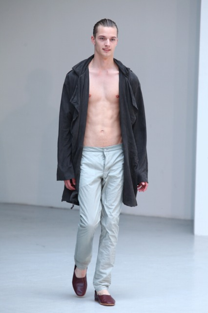 Linus Gustin3143_SS11_Paris_Petar Petrov(changefashion)