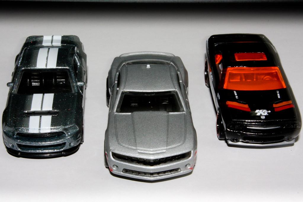 2010 Hot Wheels Pony Car Comparison
