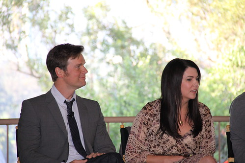 peter krause and lauren graham. Peter Krause and Lauren Graham