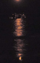 Luna naranja / mar (elburbublog) Tags: sea mer moon lune mar agua mediterranean darkness playa luna naturism nuit plage aguas cabodegata mediterrneo obscurit nudismo naturismo nudism oscuridad mediterrenean mditerrane naturisme lasnegras plages rodalquilar mediterrane nudisme