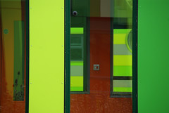 Untitled (djemde) Tags: park nottingham light red green yellow switch science