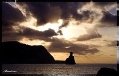 Benirras (hoskitar) Tags: sunset sol beach clouds landscape atardecer sundown playa paisaje ibiza nubes puestadesol benirras eivissa postadesol benirrs benirrs