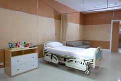 ห้องพักฟื้น Standard patient room