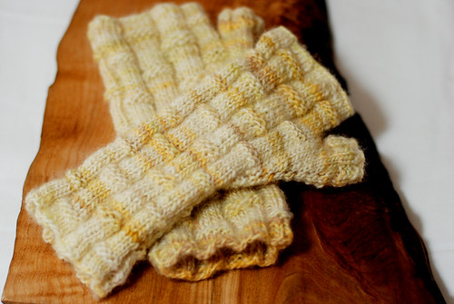 Bamboo Field Mitts