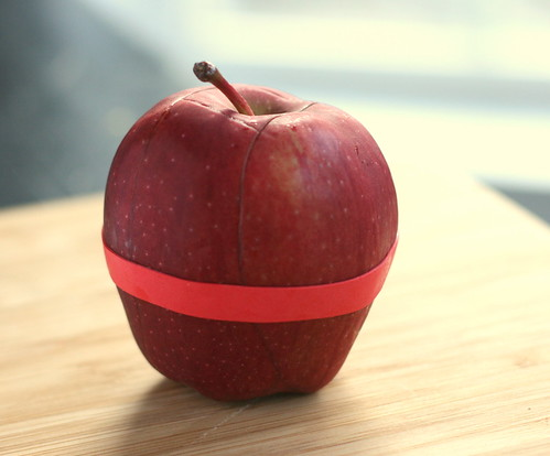 Red Delicious Aussie Apple