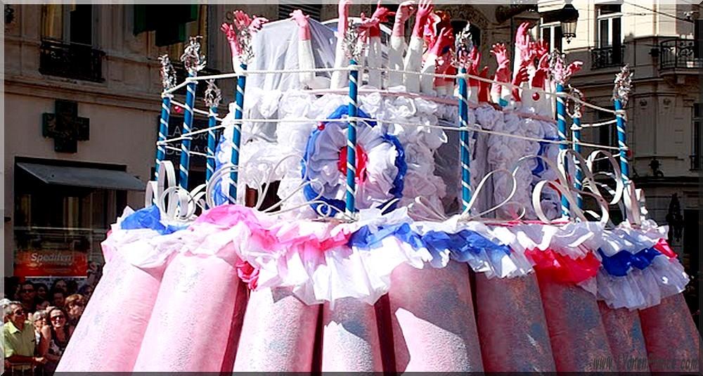 Une biennale anniversaire sur le thème de La vie en rose