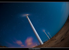#258/365 Last but not Least... (iPh4n70M) Tags: sea brazil sky cloud mer beach windmill wheel night clouds stars vent photography photo sand nikon energy long exposure photographer photographie bresil shot wind air sable fisheye exposition ciel photograph tc 365 nikkor nuage nuages mills 16mm nuit plage toiles brsil photographe olienne eol longue nergie nohdr souflle d700 tcphotography ph4n70m iph4n70m tcphotographie
