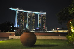 Marina Bay Sands, Singapore - a view from Esplanade {Explore} (Eustaquio Santimano) Tags: from park trees roof sky plants rooftop water pool gardens skyline marina swimming 1 bay three singapore view terrace towers restaurants casino resort pot clay esplanade worlds elevated sands longest nightclubs integrated earthen skypark hectare eathern dwcffnight
