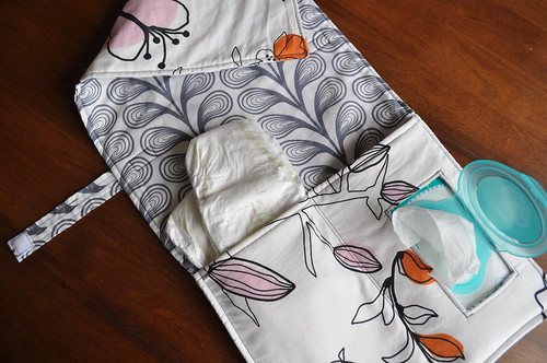 Changing pad (floral/gray vines)
