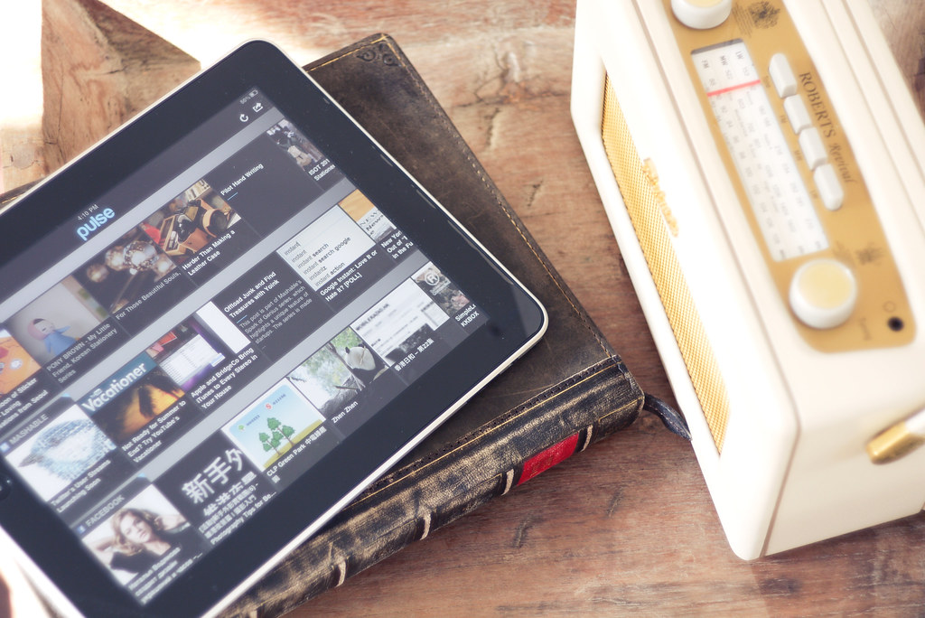 Roberts Radio and Twelve South iPad Leather Case