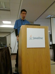 Kohsuke talks to a packed room at #JavaOne