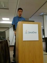 Kohsuke talks to a packed room at #JavaOne