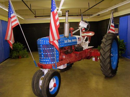 2010 TN State Fair: Americana Tractor