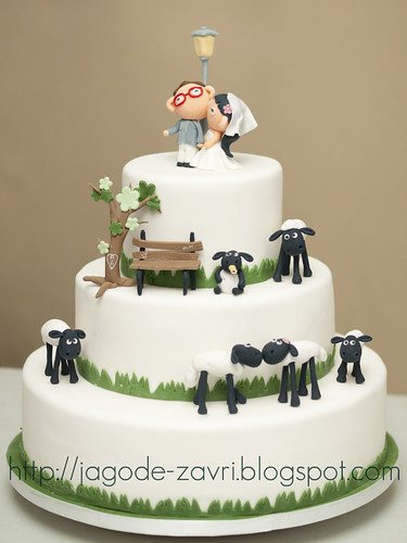 Shaun the sheep wedding cake