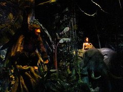 Great Movie Ride (Castles, Capes & Clones) Tags: jane florida waltdisneyworld tarzan cheeta hollywoodboulevard greatmovieride lakebuenavista waltdisneyworldresort maureenosullivan disneyshollywoodstudios