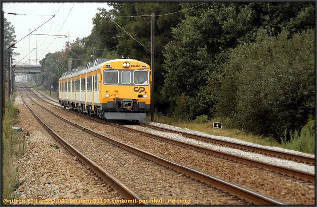 Série 592 (ex-RENFE) 5015142406_b70f351fd3_z_d