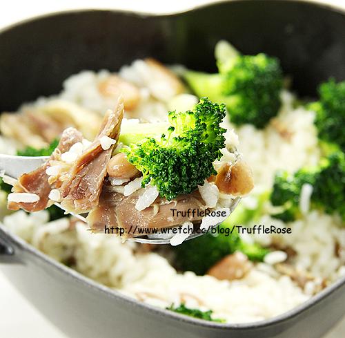 黑心鍋料理。油封鴨青花菜斑豆炊飯-100923