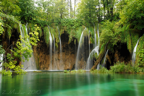 Plitvice lakes by johanna151