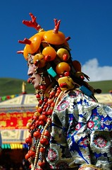 4803370477568516592 (BetterWorld2010) Tags: tibetans coral festival gold amber necklace beads costume treasure dress jewelry tibet ring celebration bracelet amdo kham sichuan traditionalcostume 2009 litang headdress robes yushu 服饰 tibetanwoman 玉树 理塘 藏族 khampa golok lithang tibetangirl tribalcostume tibetanfestival 康巴 tibetanwomen
