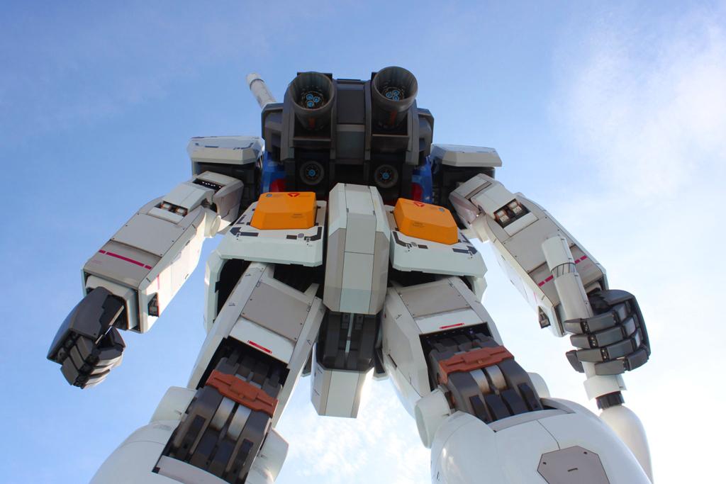 Real Size GUNDAM moved to Shizuoka (7)