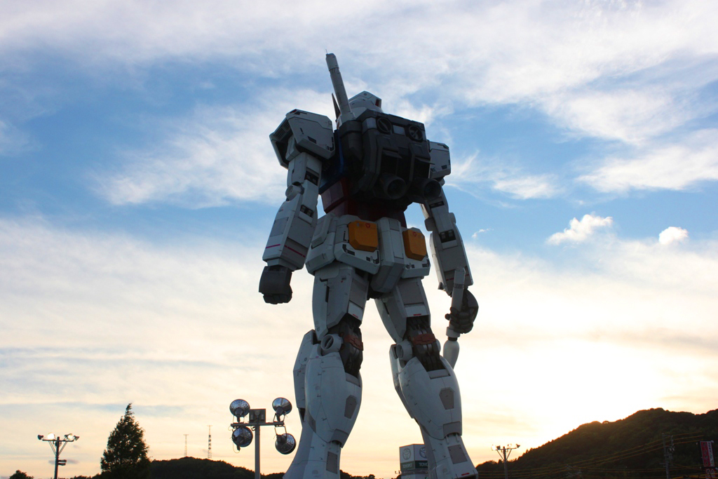 Real Size GUNDAM moved to Shizuoka (12)