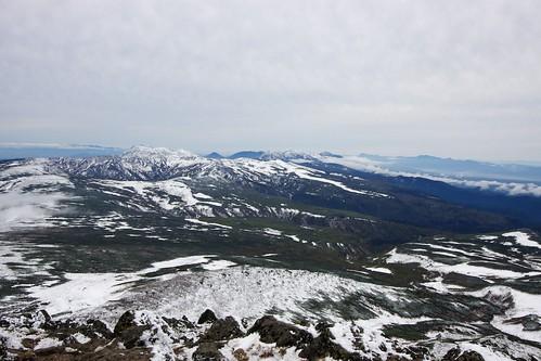 極寒の白雲岳から南を眺める