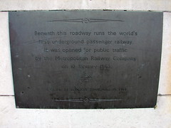 Photo of Metropolitan Railway bronze plaque