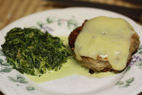 Turkey Burgers with Creamed spinach