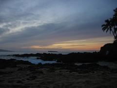Makena Cove Sunset (stu_macgoo) Tags: sunset colors beauty hawaii vivid maui makena makenacove