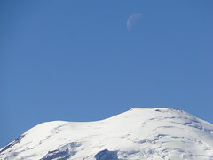 Rainier zoom and moon on Shriner Peak trail.x
