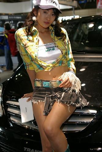 【アーカイブズ】2007東京オートサロン トーヨータイヤ・ブースのお姉さん画像