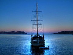 Boat in the night. (Metin Canbalaban) Tags: voyage trip travel blue sea vacation holiday turkey boat trkiye antalya deniz mavi ka seyahat turkie trkie metincanbalaban canbalaban bestcapturesaoi elitegalleryaoi