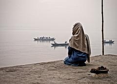 Prayer over the Ganges (WPalank) Tags: india prayer varanasi ganga ganges ghat summiluxasph leicam8 worshipindialeicam8summiluxasphvaranasidelhichandnicowharidwarrishiskeshsadhuredfortjamamasjid