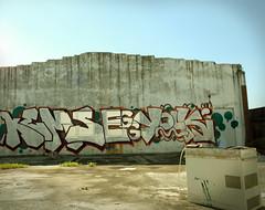 YOLKS ON YOU (ALL CHROME) Tags: old money canon graffiti banksy drugs obama obesity eggyolk molotow allchrome kems kemr bombingscience