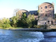 Le barrage  sur l'Aisne et le moulin Saint-Paul 10.2010 (ardoise08) Tags: ardennes argonne aisne champagneardenne vouziers minoterie moulinsaintpaul