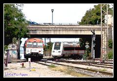 592+598 (I) (José Francisco_(Fuen446)) Tags: train tren trenes andalucía trains granada renfe 592 dmu automotor regionales 598 diésel s598 s592 automotordiesel trenesregionales