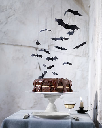 martha-stewart-flying-bats-mobile