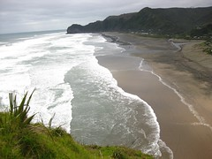 Piha from Lion Rock (Susana Fabian) Tags:
