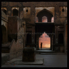 """But my Soul"" (designldg) Tags: door travel sky woman india heritage mystery architecture clouds square temple evening gate perspective dream atmosphere hindu hinduism chiaroscuro celestial clairobscur mughal madhyapradesh orchha rajput भारत truthandillusion"