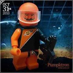 October 31 - Pumpktron Spaceman (Morgan190) Tags: halloween scary october advent calendar lego space astronaut creepy minifig custom 2010 m19 minifigure classicspace brickarms futuron morgan19 pumpktron