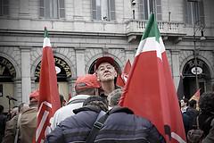 Manifestazione Fiom - 16.10.2010 (Beatrice Lencioni Ph.) Tags: people rome roma nikond50 demonstration solidarity manifestazione demona peolple umanit solidariet fiom beatricelencioni 16102010 manifestazionefiom16102010