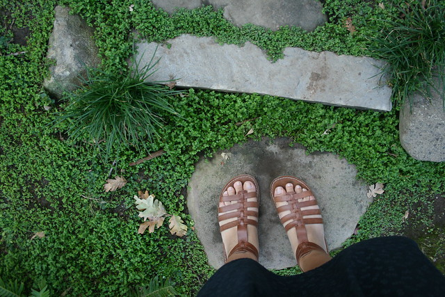 garden feet
