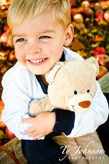 Wyatt at Carter Mountain Orchard (Ty Johnson Photography) Tags: bear boy cute smile animal toy happy person photography kid stuffed hug child teddy joy orchard human apples d90