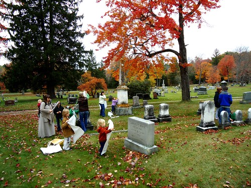 unschoolers at the cemetery