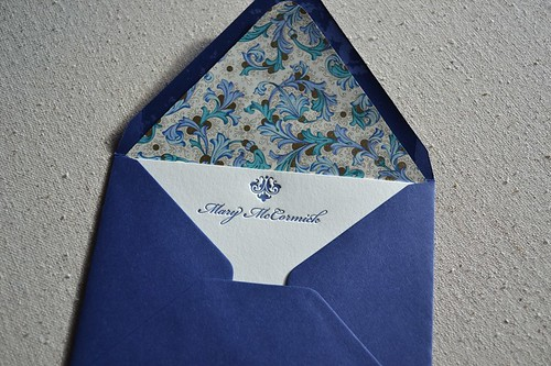 Top ornament_envelope_e